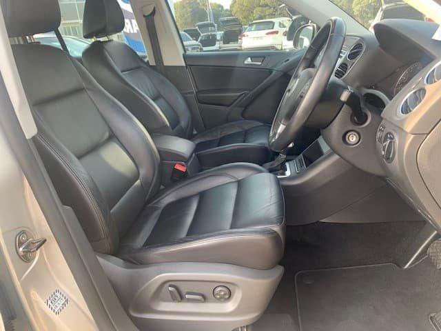 2010 Volkswagen Tiguan 103TDI 5N MY10 Four Wheel Drive Silver Leaf