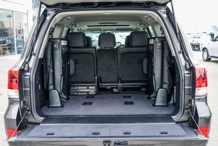 2016 Toyota Landcruiser VX VDJ200R 4X4 Dual Range Graphite
