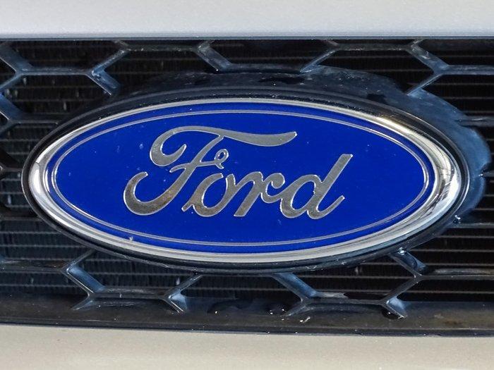 2010 Ford Falcon XR6 FG Lightning Strike
