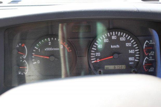 2011 Isuzu FSR600 3 WAY TIPPER WHITE