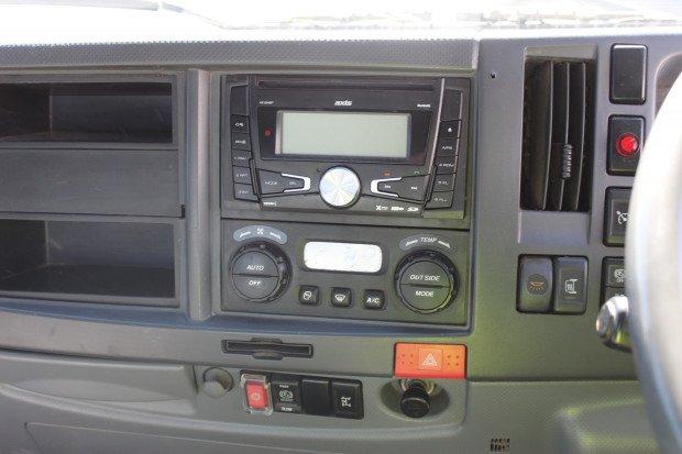 2009 Isuzu FTR900 LONG AMT WHITE