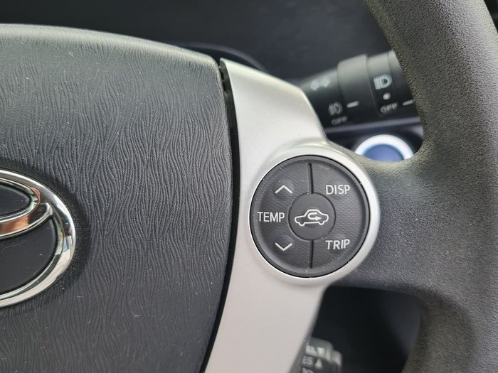 2014 Toyota Prius C NHP10R Grey