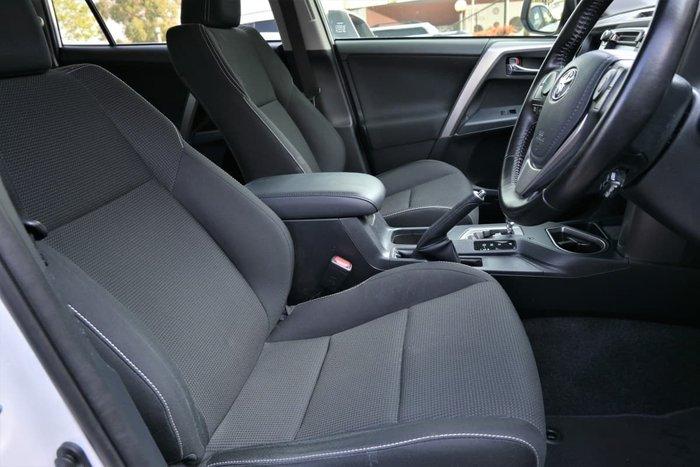 2017 Toyota RAV4 GXL ASA44R AWD White