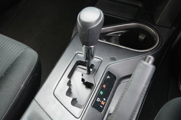 2016 Toyota RAV4 GX ZSA42R Glacier White