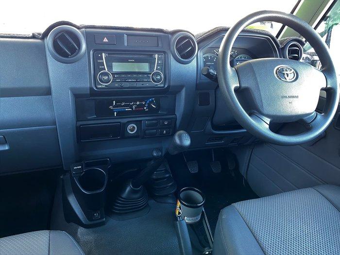 2019 Toyota Landcruiser Workmate VDJ76R 4X4 Dual Range French Vanilla