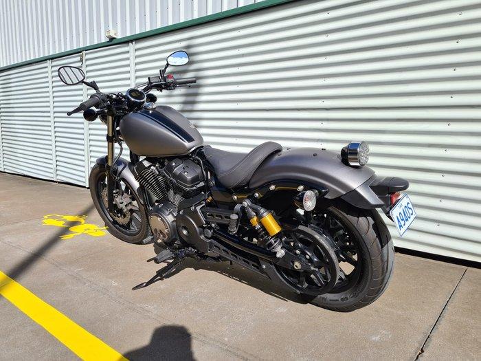 2014 Yamaha Bolt (XVS950CU) Bolt Pearl White or Raven