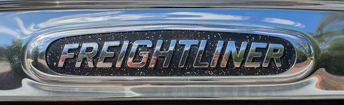 2013 FREIGHTLINER 122SD WHITE