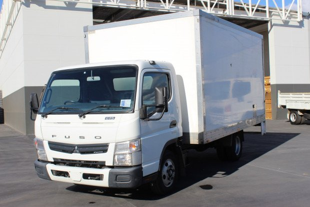 2014 Fuso Canter 615 CAR LICENCE WHITE