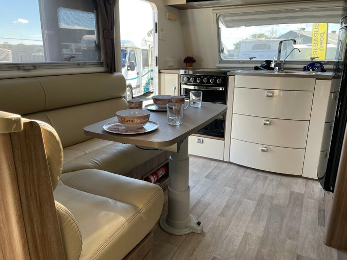 JAYCO SILVERLINE 21' (21.65 WHITE