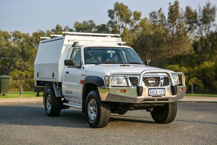 2016 Nissan Patrol DX Series 5 MY15 4X4 Dual Range Polar White
