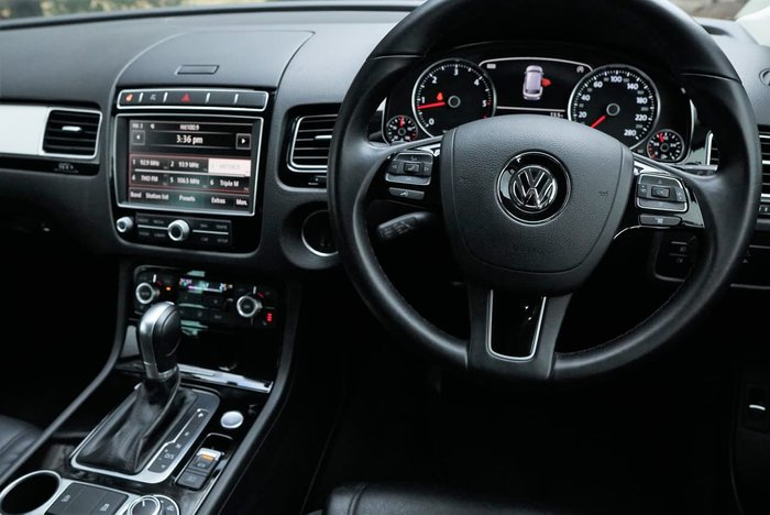 2018 Volkswagen Touareg 150TDI Element 7P MY18 Four Wheel Drive Silver