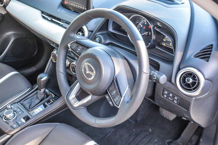 2020 Mazda CX-3 Akari LE DK White