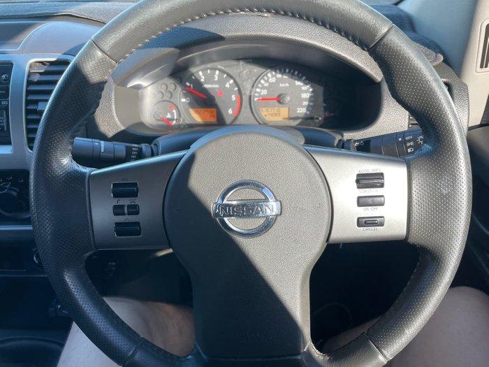 2011 Nissan Navara ST D40 MY11 4X4 Cosmic Black