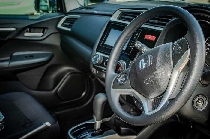 2017 Honda Jazz VTi GF MY17 White
