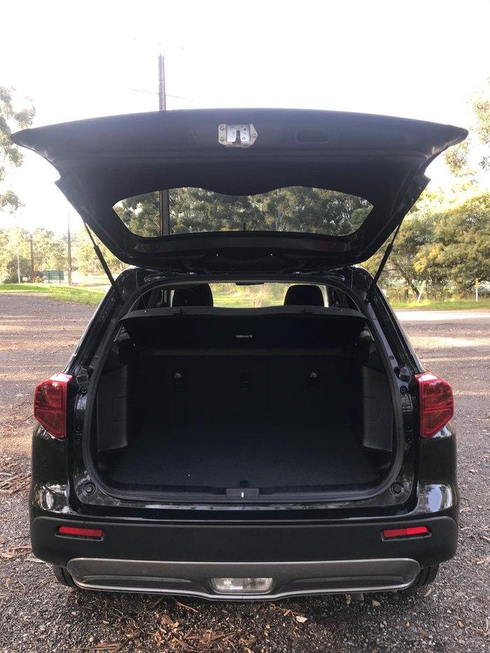 2020 Suzuki Vitara LY Series II Black