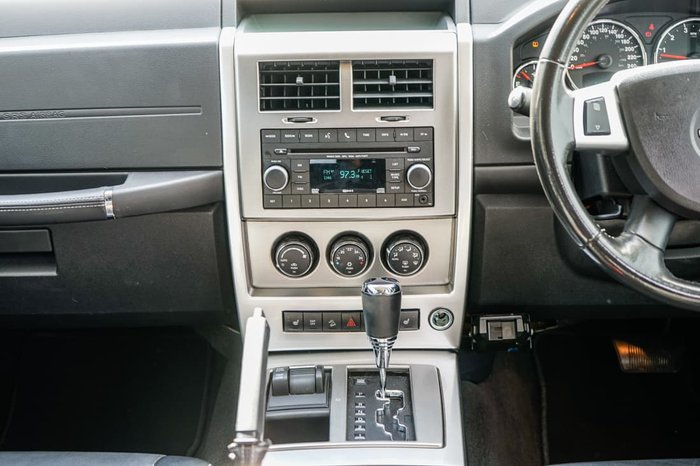 2010 Jeep Cherokee Limited KK MY11 Four Wheel Drive Bright Silver