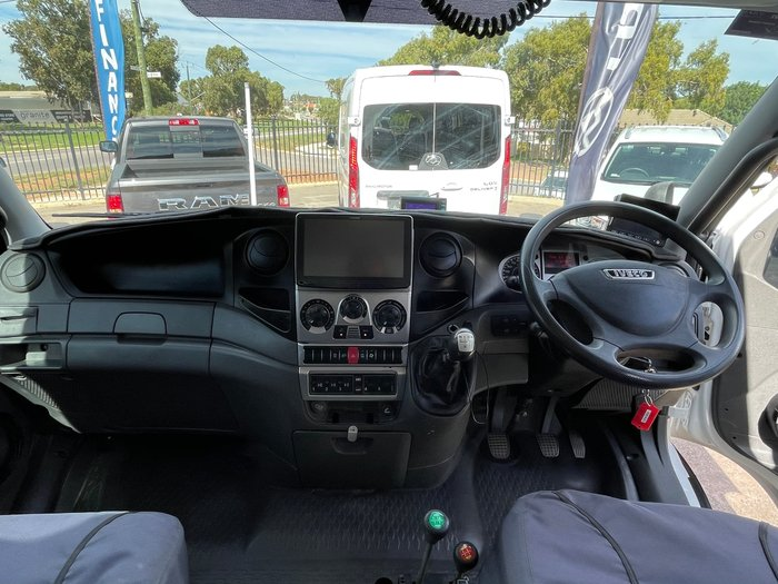 2012 Iveco Daily 55S17W White