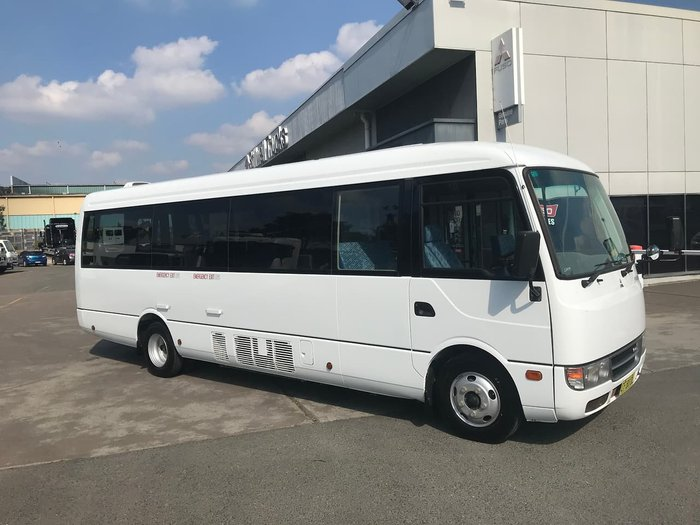 2015 MITSUBISHI ROSA BUS WHITE