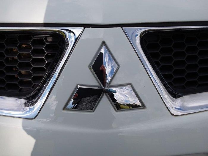 2012 Mitsubishi Challenger PB MY12 4X4 Dual Range White