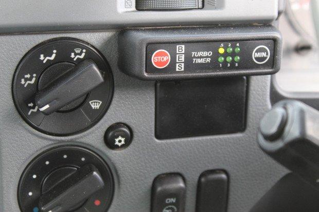 2008 Mitsubishi FUSO 14 PALLET WHITE