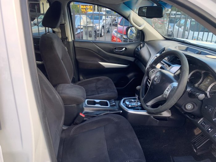2015 Nissan Navara ST D23 4X4 Dual Range Polar White
