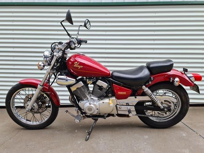 1994 Yamaha Virago 250 (XV250) Virago Black,