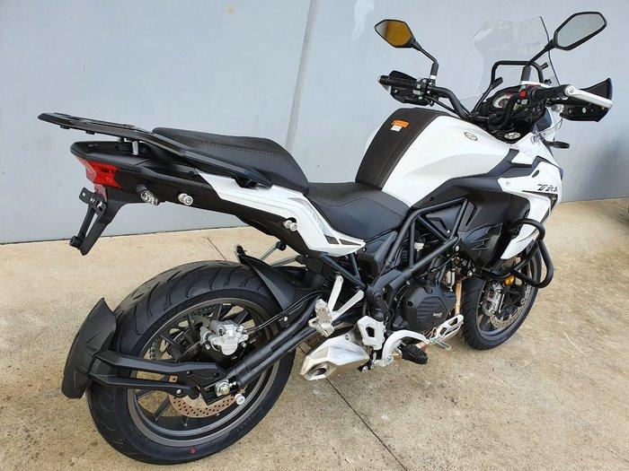 2021 Benelli 2021 Benelli 500CC TRK 502 (ABS) Road White