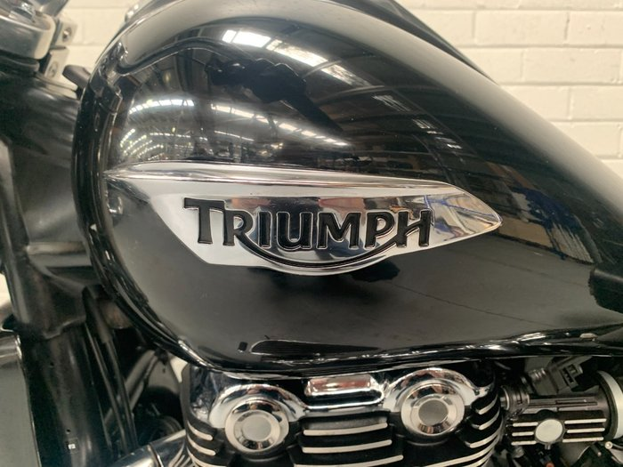 2016 Triumph THUNDERBIRD COMMANDER Black