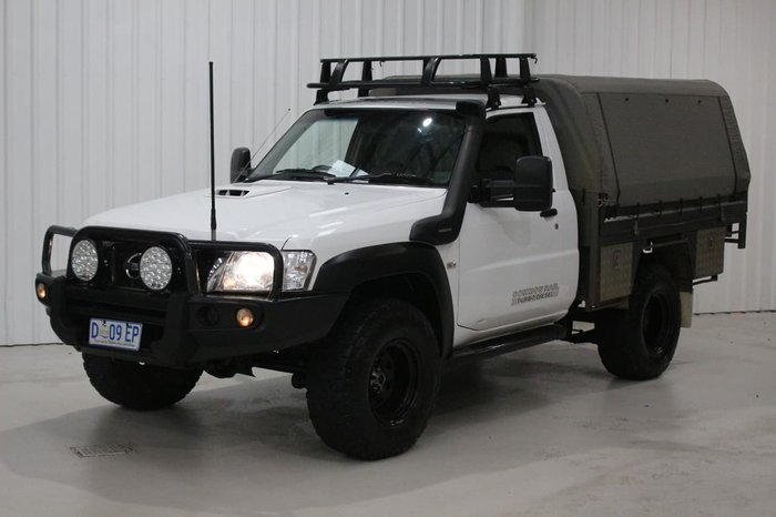 2013 Nissan Patrol DX GU 6 MY13 4X4 Dual Range White