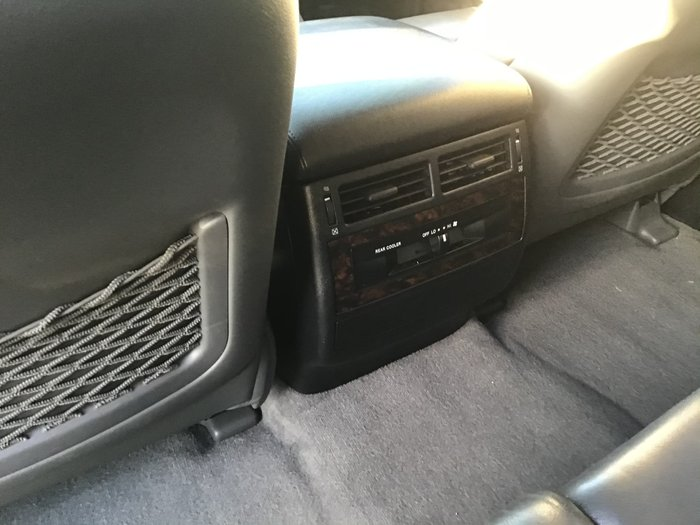 2009 Toyota Landcruiser VX UZJ200R 4X4 Constant French Vanilla