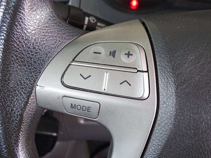 2011 Toyota Hilux SR KUN26R MY12 4X4 Glacier White