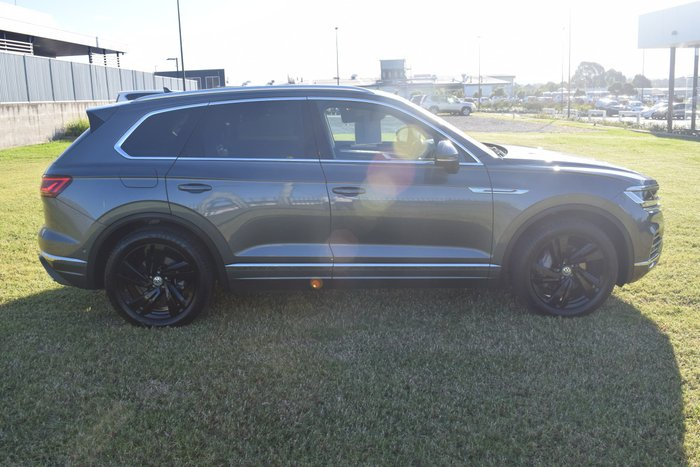 2019 Volkswagen Touareg 190TDI Launch Edition CR MY19 Four Wheel Drive Silicone Grey