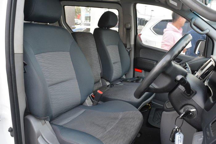 2017 Hyundai iLoad TQ3-V Series II MY18 Creamy White