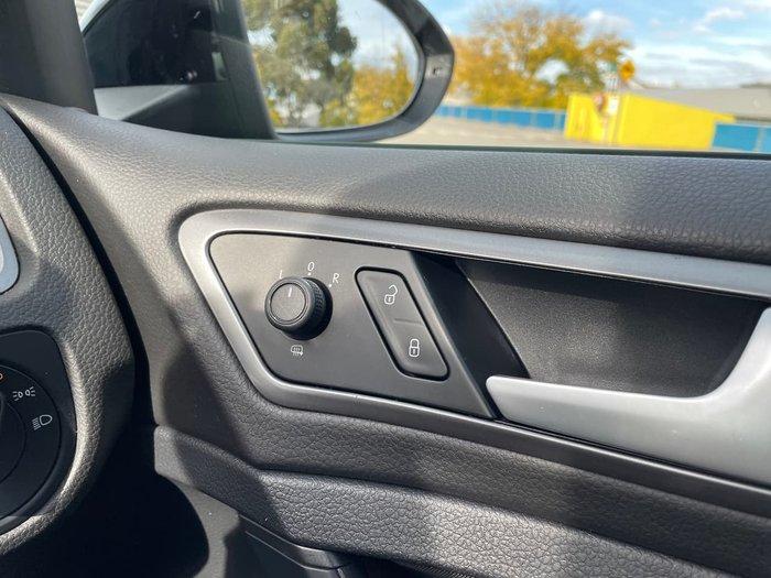 2015 Volkswagen Golf 92TSI Trendline 7 MY16 Black