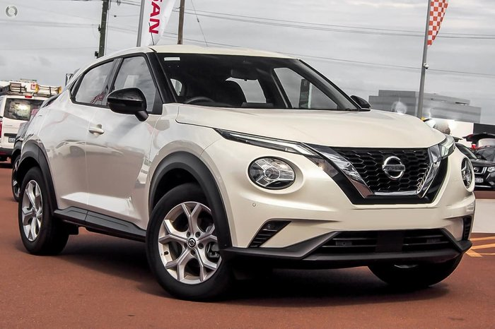 2020 Nissan JUKE ST+