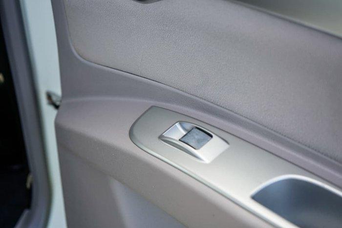 2010 Mitsubishi Challenger LS PB MY10 4X4 Dual Range White