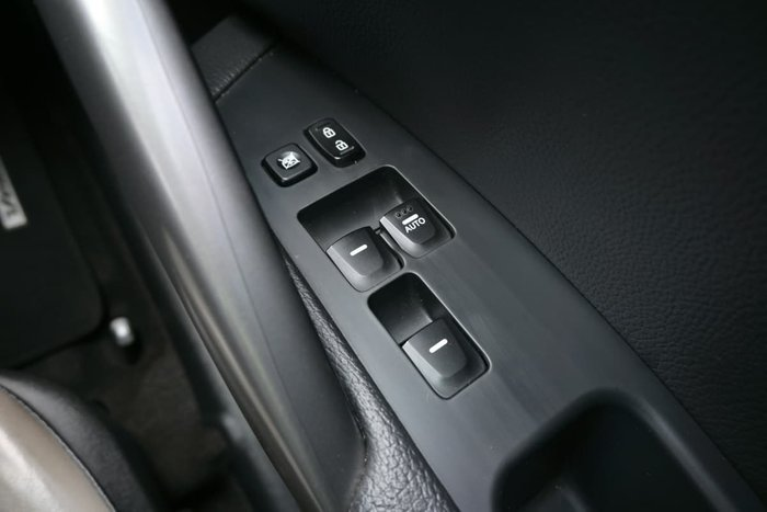 2013 Hyundai Veloster SR Turbo FS3 Veloster Red
