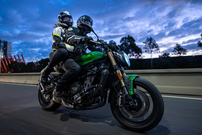 2020 Benelli 752S 752S Black; Red; Green or White