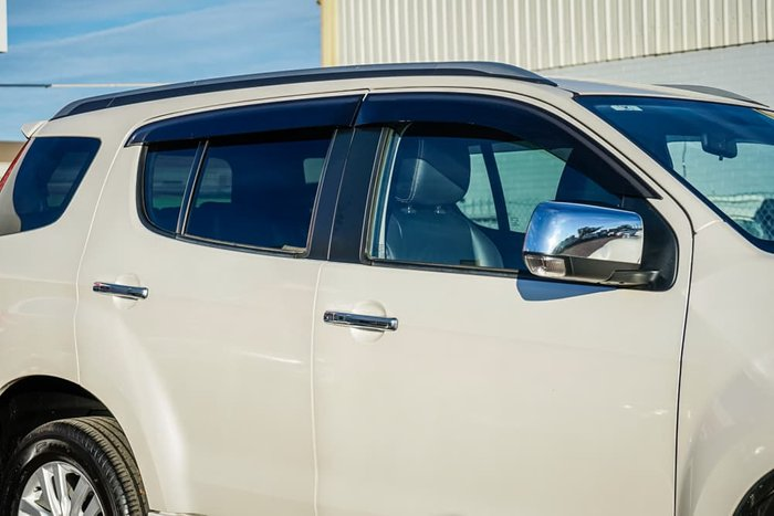 2017 Isuzu MU-X LS-T MY17 4X4 Dual Range White