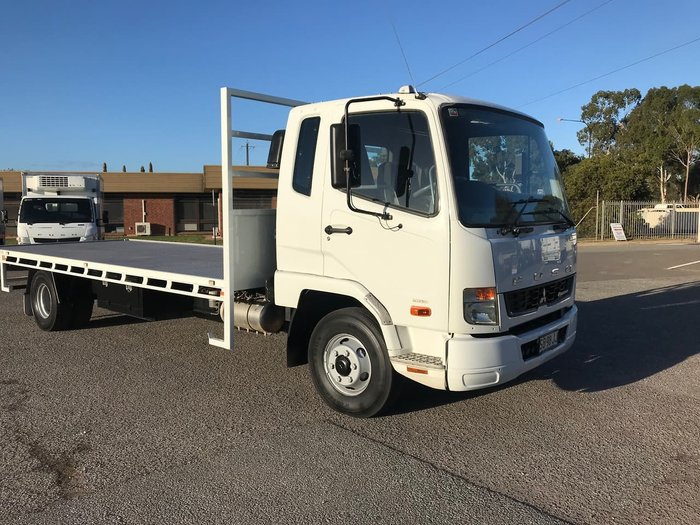 2014 FUSO FIGHTER White