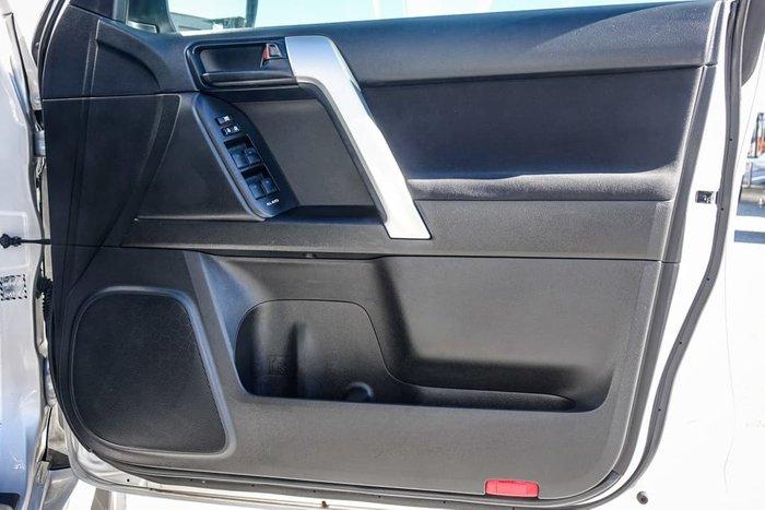 2017 Toyota Landcruiser Prado Altitude GDJ150R 4X4 Dual Range Silver Pearl