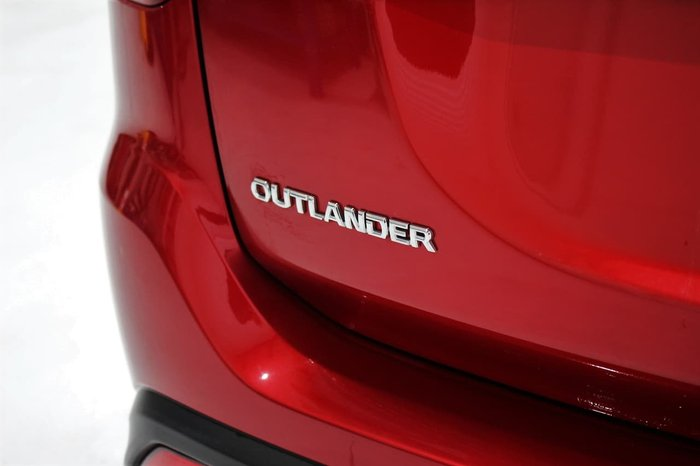 2020 Mitsubishi Outlander ES ZL MY20 Red
