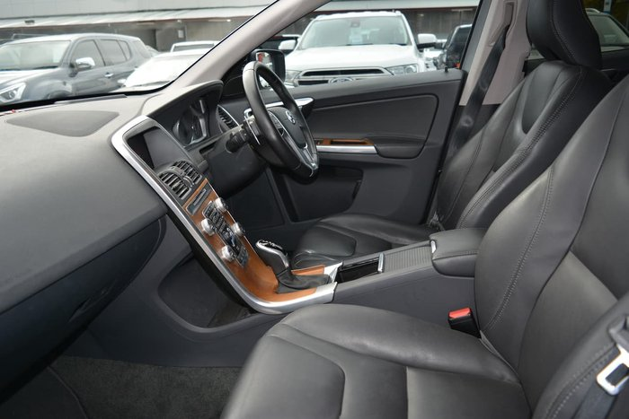2017 Volvo XC60 D4 Luxury MY17 AWD Silver