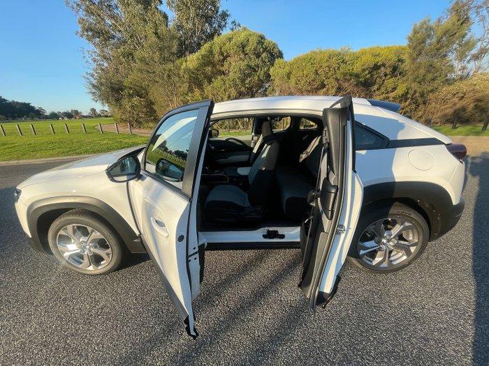 2021 Mazda MX-30 G20e Evolve DR Series Arctic White