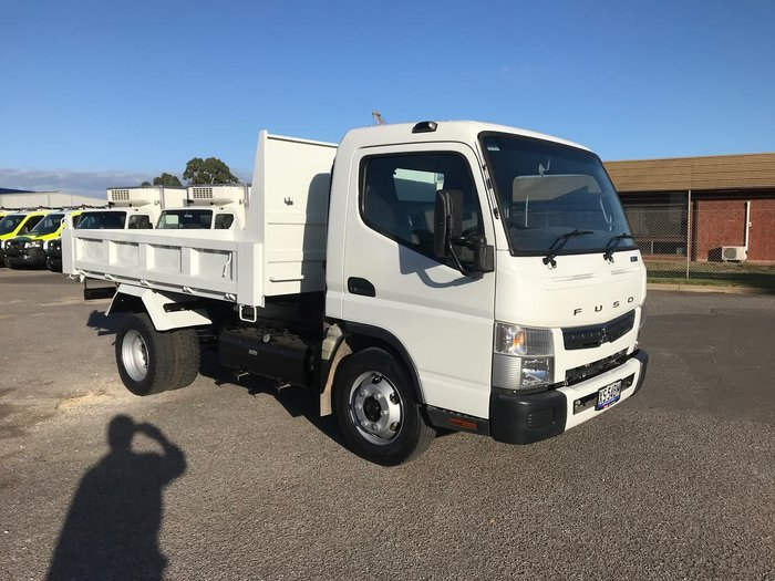 2019 FUSO CANTER White
