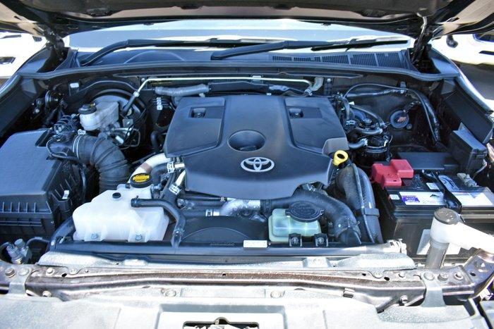2015 Toyota Fortuner Crusade GUN156R 4X4 Dual Range Phantom Brown