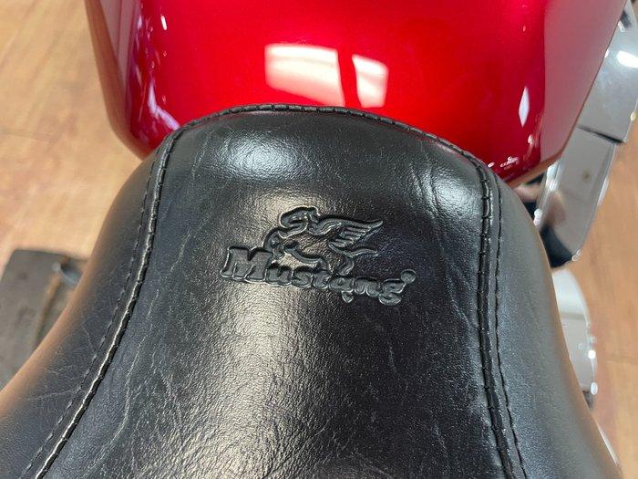 2011 Honda VT1300CR RED
