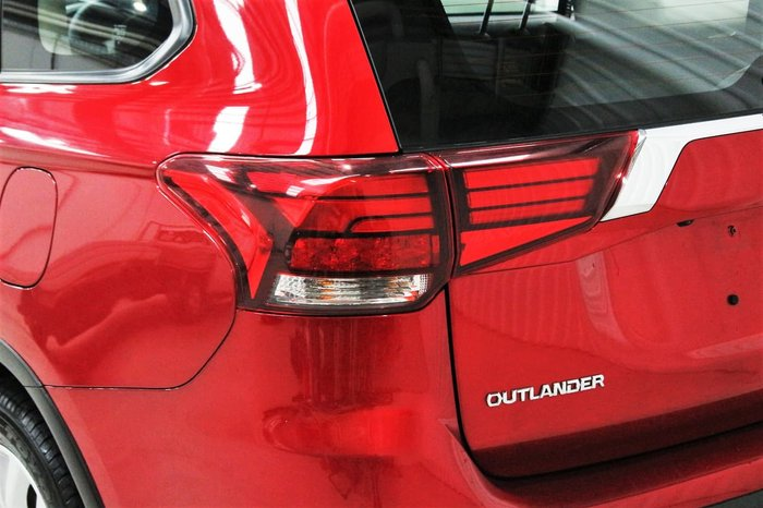 2020 Mitsubishi Outlander ES ZL MY21 AWD Red