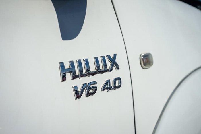 2008 Toyota Hilux SR5 GGN25R MY09 4X4 Glacier White