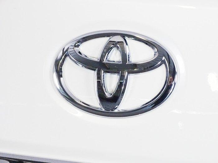 2021 Toyota Landcruiser Sahara VDJ200R 4X4 Dual Range Crystal Pearl